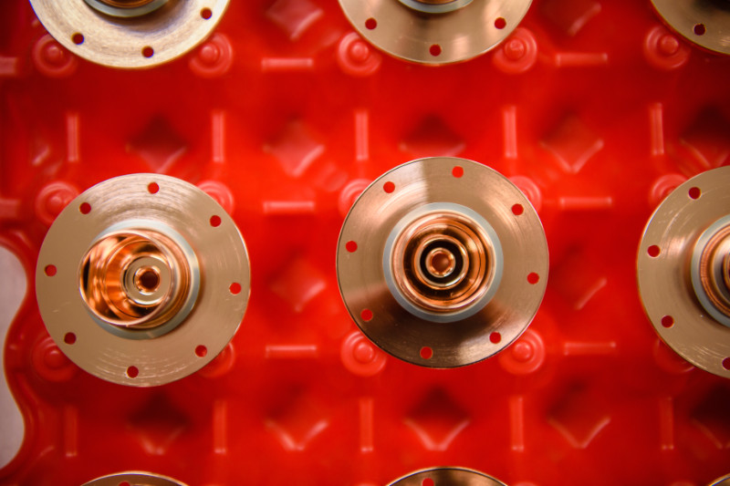 Diffusion Bonding copper components of a LINAC at Altair Technologies Inc.