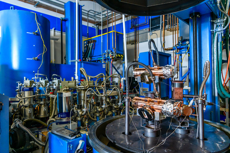 Inside a high vacuum, Sauder double bakeout station at Altair Technologies Inc.